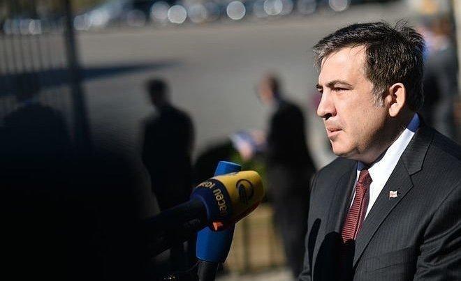 Саакашвили свелосипедом пообещал «покончить сфеодалами» вГрузии