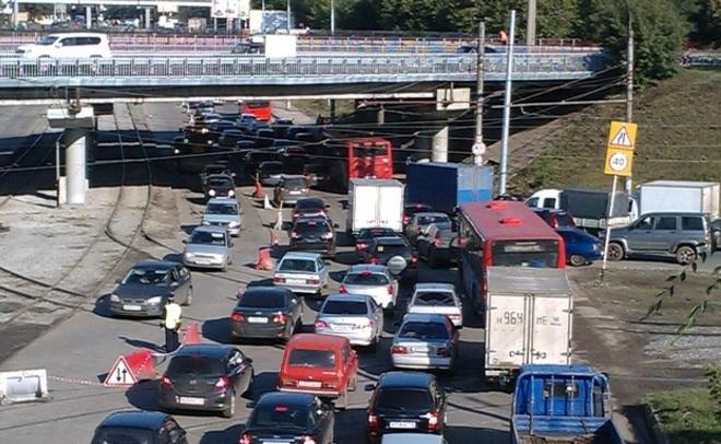 Самые длиннющие пробки на предыдущей неделе вНижнем Новгороде зафиксированы впонедельник