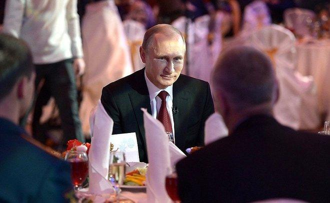 ВКремле поведали опланах В. Путина нановогодние праздники