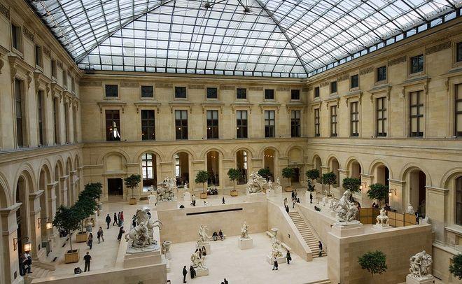 Генпрокуратура Франции начала следствие после нападение напатруль уЛувра