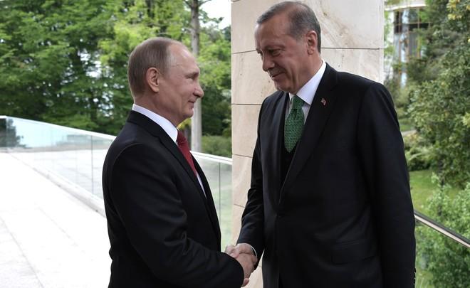 Берлин дал Анкаре две недели нарешение конфликта вокруг «Инджирлика»