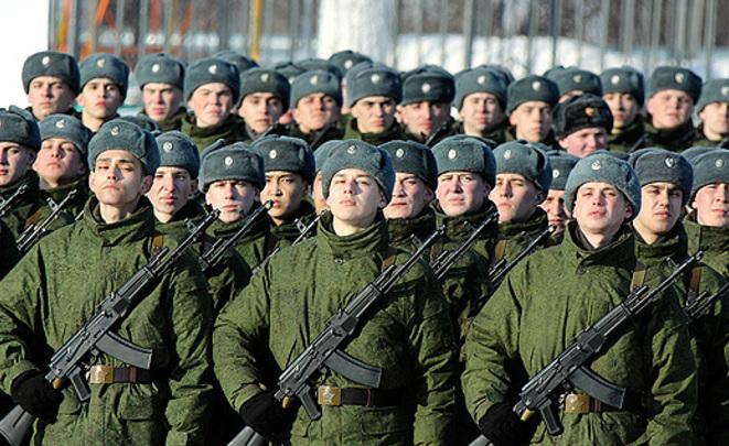 Неменее 50% граждан России видят военную угрозу состороны остальных стран