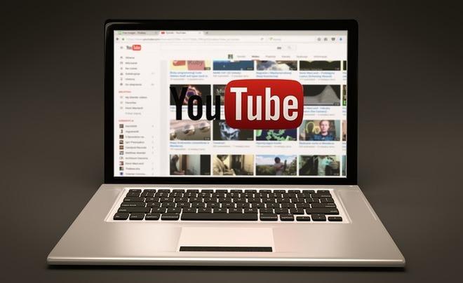 Число просмотров роликов наYouTube достигло млрд часов вдень