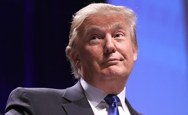 Трамп недоволен, что несможет использовать собственный смартфон после инаугурации