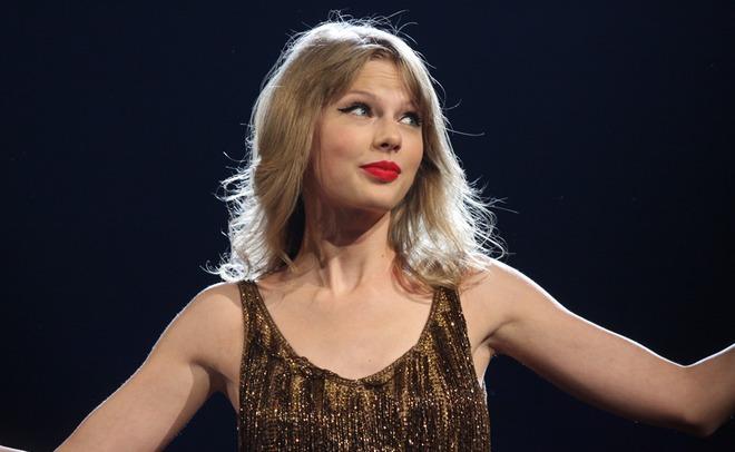 Тейлор Свифт возглавила список самых высокооплачиваемых музыкантов года