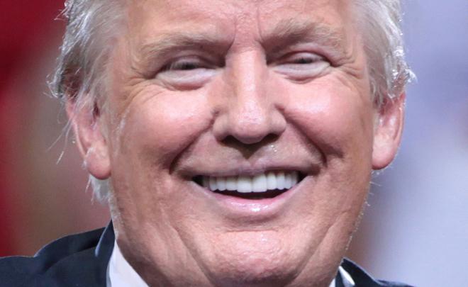 Трамп высмеял известные каналы CNN иNBC