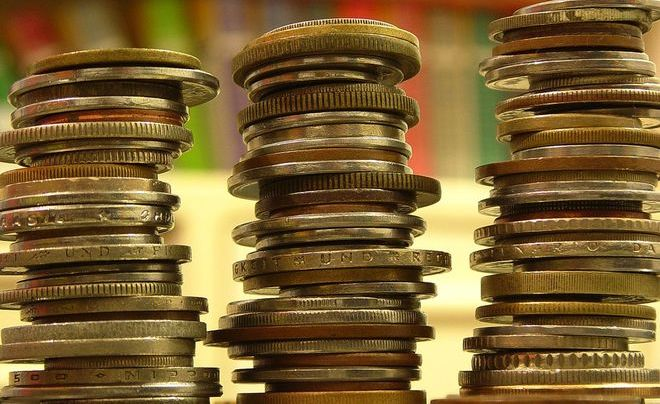 Владельцы «кредиток» начали обналичивать деньги через ломбарды