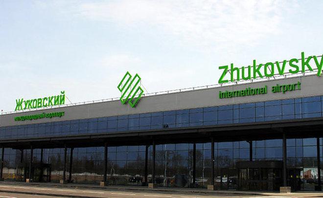 Российская Федерация прекращает авиасообщение сТаджикистаном. Мигранты неуспеют вернуться на отчизну